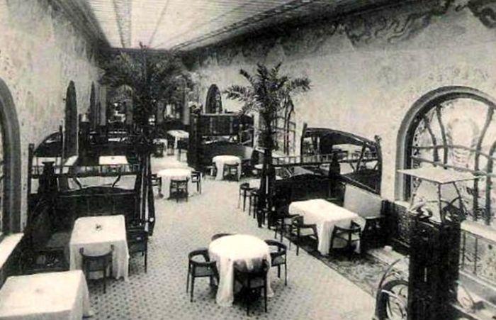 Один из залов ресторана. /Фото:vokrugsada.ru