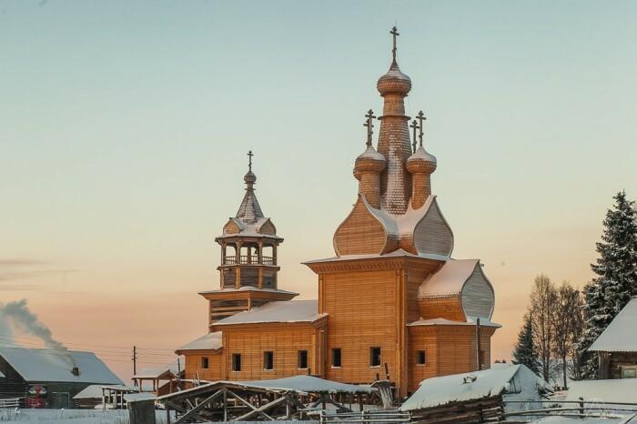 Последняя сохранившаяся шатровая церковь такого типа в этих краях. /Фото: Любовь Смирнова, love-smirnova.livejournal.com