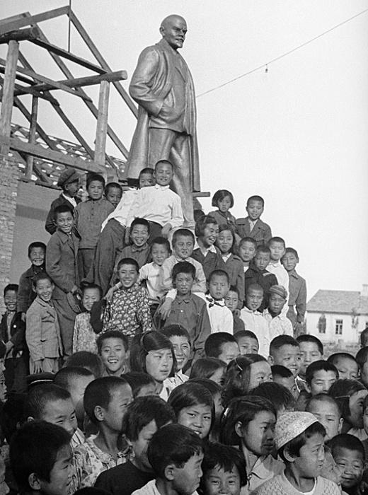 Корейские дети  Узбекистане. /Фото: regnum.ru