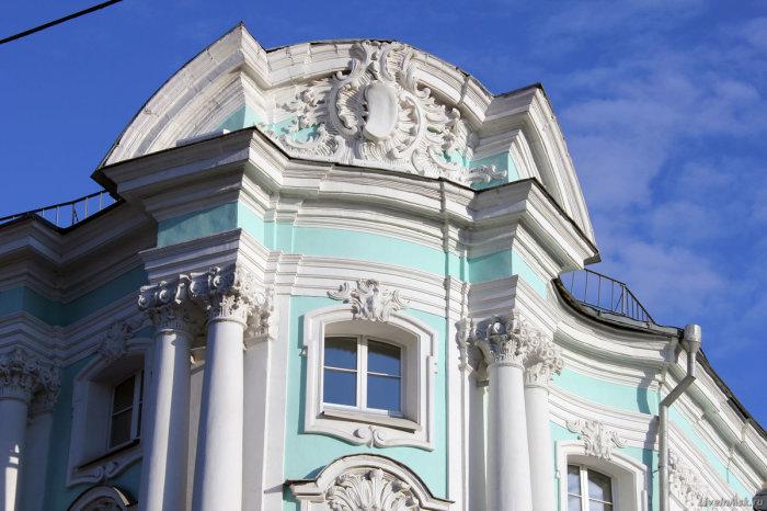 Дворец Апраксина и в наши дни шикарен. /Фото:yandex.net