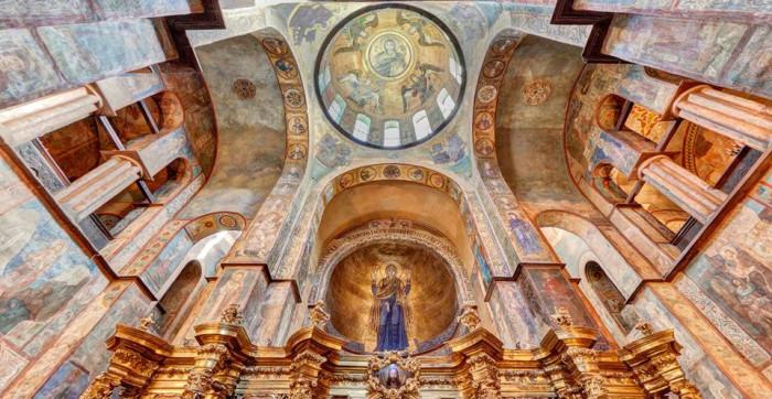 В Софийском Соборе сохранились 2 тысячи фресок, изначально же их было не менее 5 тысяч. /Фото:sau.org.ua