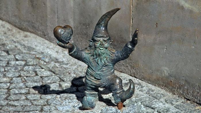 Один из забавных гномов. /Фото:bulengrin.com