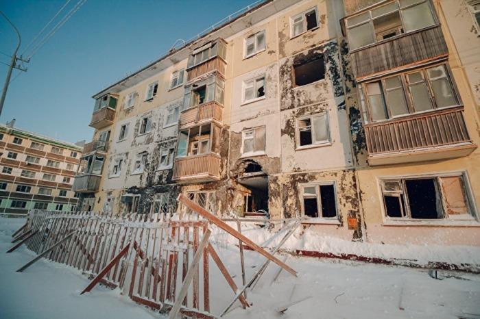 В Воркуте есть немало брошенных, пустующих квартир. /Фото: Иван Маслов, znak.com