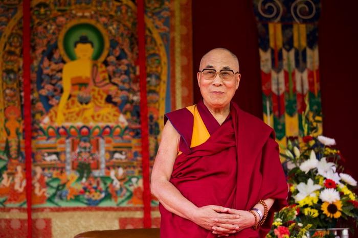Далай-лама XIV в одном из разговоров с гостем Тибета признался, что об Агарти не знает, в отличие от великой таинственной Шамбалы