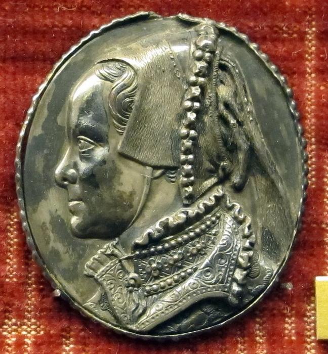 Медальон 1554 года
