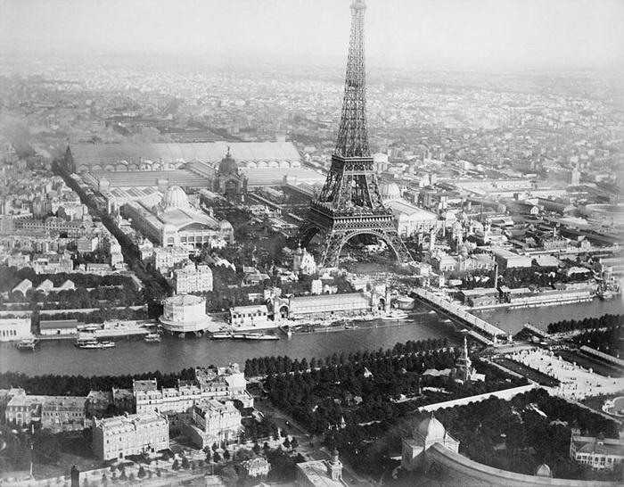 Вид сверху на территорию выставки 1889 года