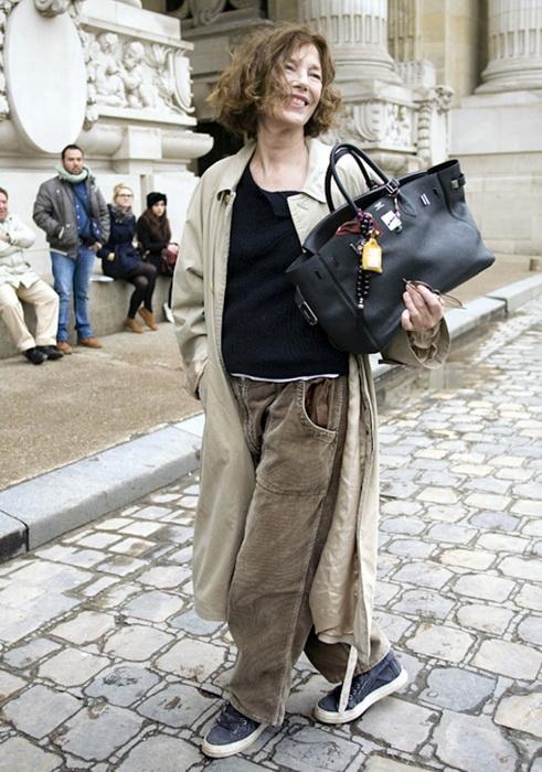 Она же с любимой моделью сумки