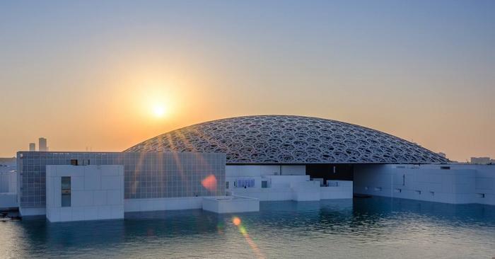 Музей Лувр Абу-Даби