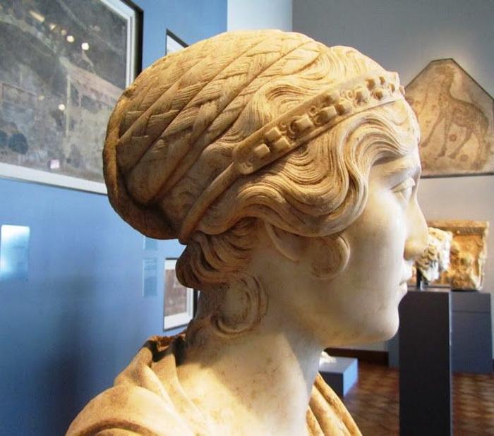 Древнеримская статуя