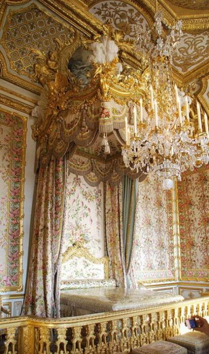 Спальня королевы в Версальском дворце