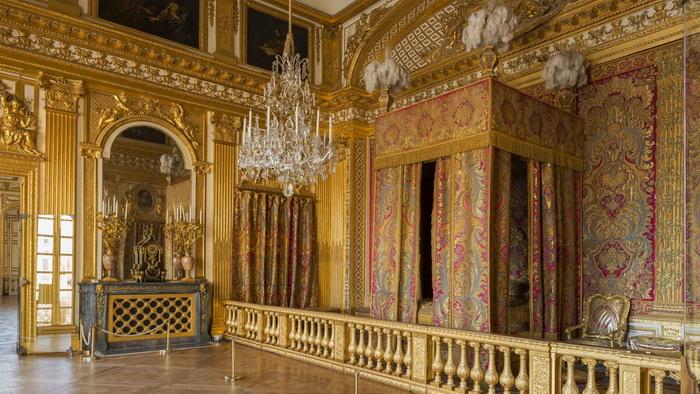 Спальня короля в Версале