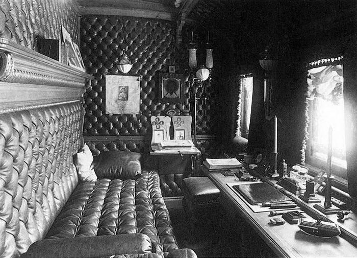 Императорский поезд был призван обеспечить полный комфорт царской семьи, и цель была достигнута