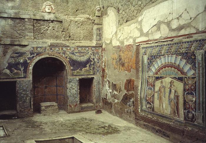 Украшения, найденные при раскопках Геркуланума, были модными и ценными сувенирами