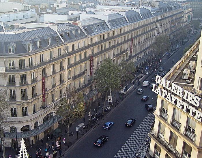 Османовские здания в Париже
