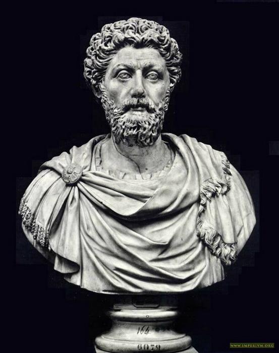 Император Марк Аврелий; изображений самого Макрина, по-видимому, не сохранилось