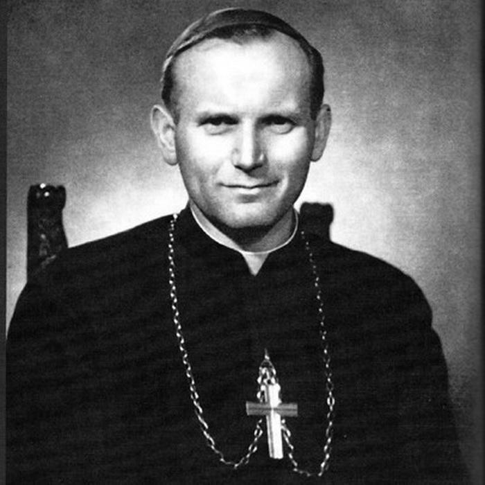 Кароль Войтыла стал папой римским в 1978 году