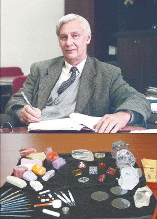 Вячеслав Осико, чья группа смогла синтезировать фианит. Фото: nanometer/ru