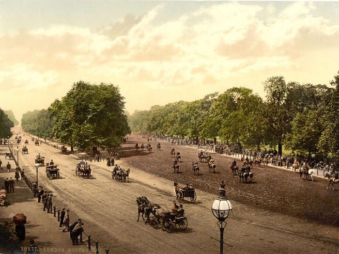 Наполеон III был вдохновлен парками английской столицы, прежде всего, лондонским Гайд-парком