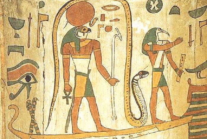 С Имхотепом связывали птицу ибис, как и с Тотом - богом письма и науки