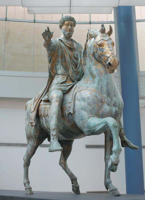 Статуя, изображающая Марка Аврелия, была обнаружена во времена Возрождения