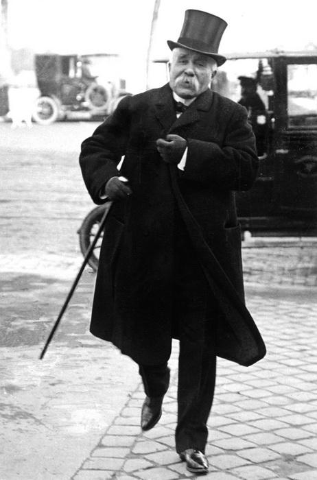 Ж. Клемансо, ставший со временем противником Буланже