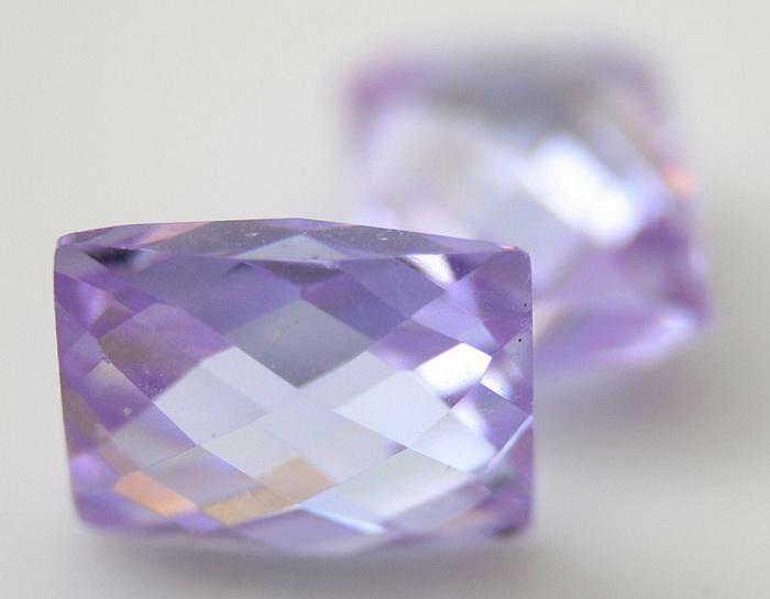 Способы огранки фианита - такие же, какие используют при обработке алмаза