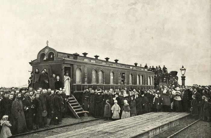 К концу позапрошлого века железные дороги протянулись уже по всей империи