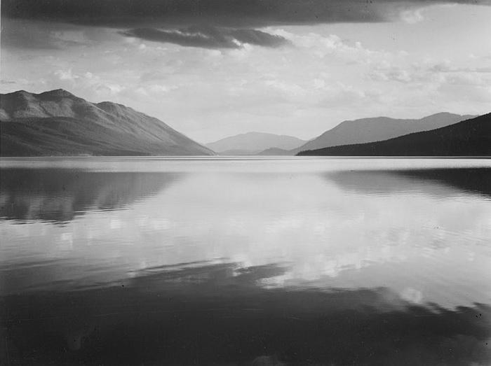 Вечер на озере Макдональд, 1942 год.