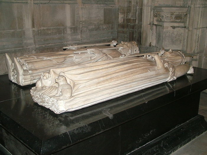 Надгробия Изабеллы Баварской и Карла VI в Сен-Дени