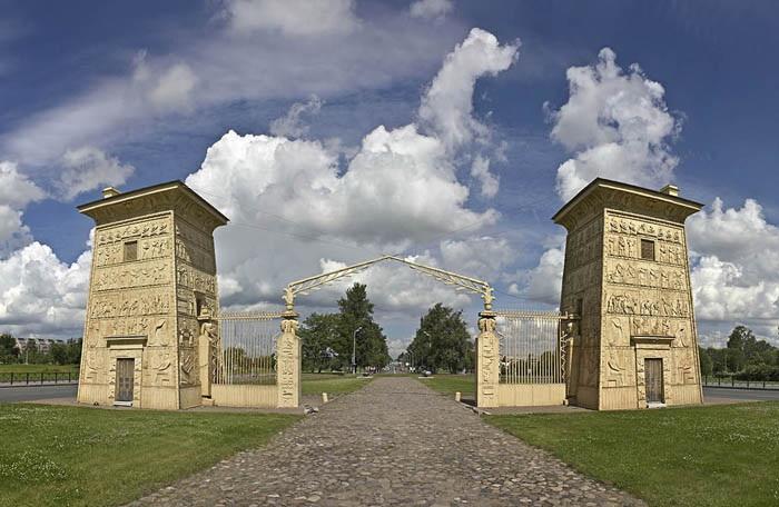 Египетские ворота в Царском Селе