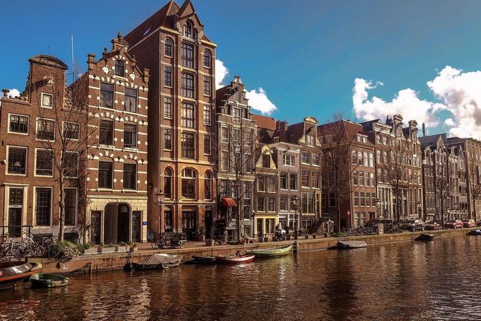 Самые развитые города страны находились на голландской земле