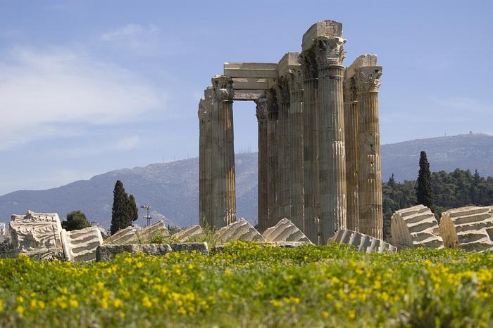 Развалины храма в Афинах