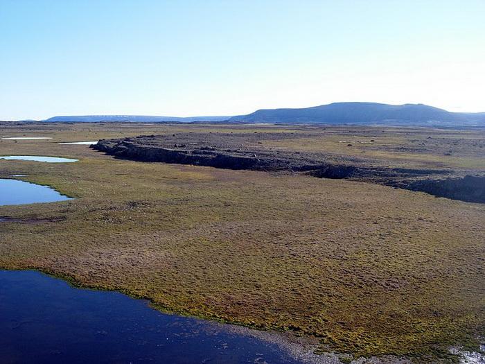 Остров Девон - самый большой из необитаемых