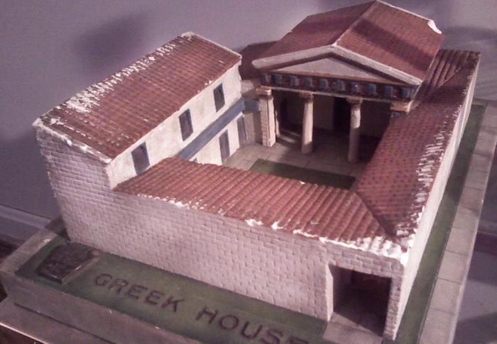 Внешний вид типичного греческого дома менялся от гомеровских времен (VIII век до н.э.) до эпохи эллинизма