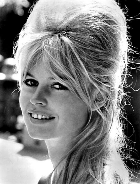 Брижит Бардо стала Марианной в 1970 году