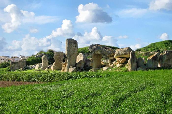 Раскопки на Мальте Мюррей вела в районе Борг-ин-Надир