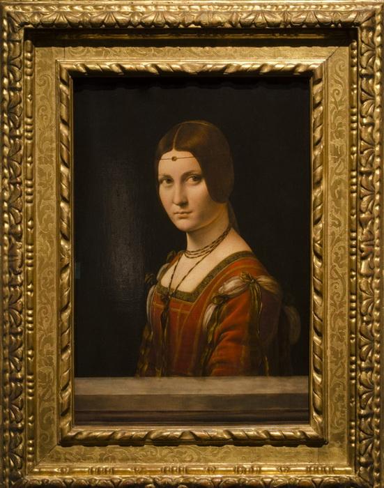 Другой шедевр Леонардо, уже бесспорный - «Прекрасная Ферроньера» - благополучно прибыл в Абу-Даби и украсил коллекцию музея