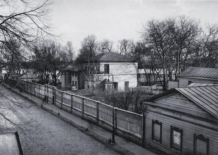 Московская усадьба Льва Толстого в Хамовниках. Фото начала XX в.