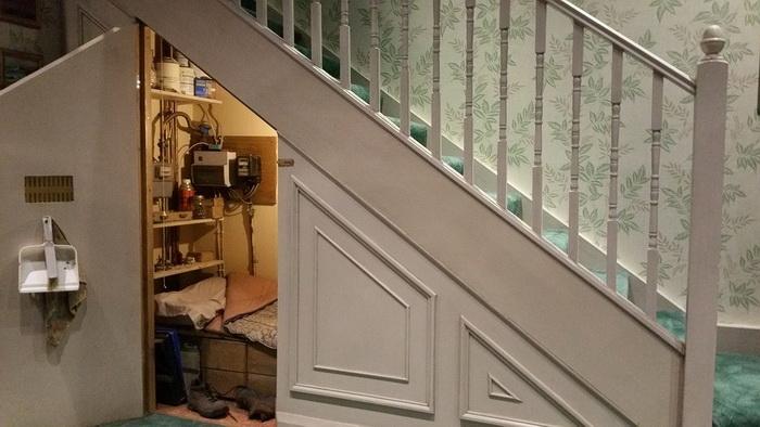 Чулан Гарри Поттера под лестницей. Фото: pixabay.com