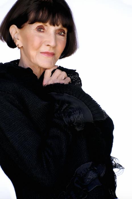 Сохранять активность, быть открытым, не бояться учиться новому - ключ к долголетию, по мнению Филлис Сьюз
