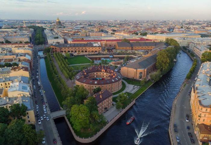 Новая Голландия - остров в Санкт-Петербурге
