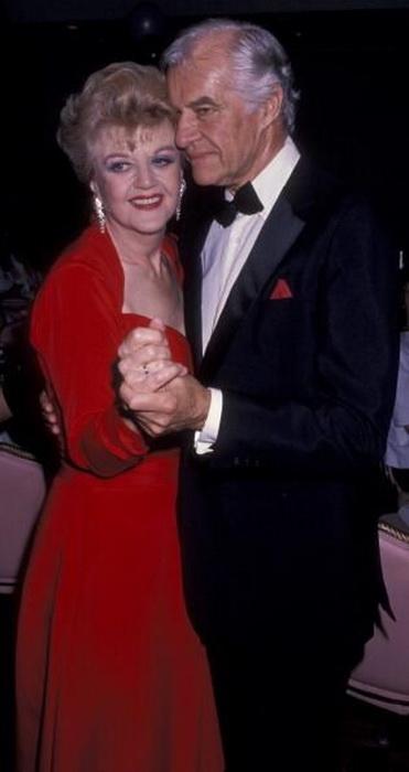 Анджела Лэнсбери с мужем