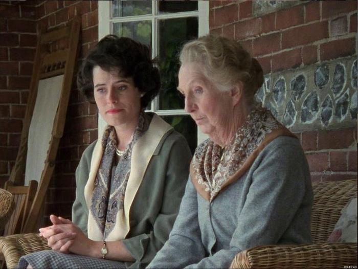 В роли мисс Марпл - всеобщей тетушки