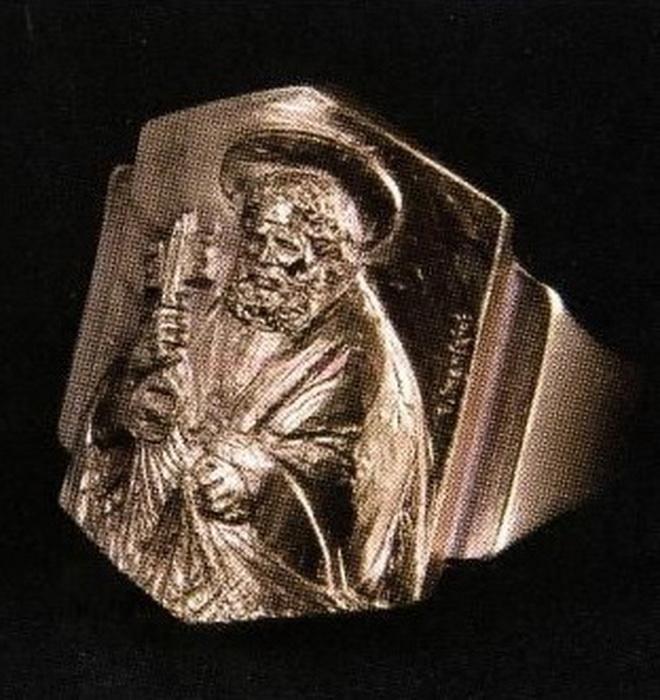 Кольцо папы римского Франциска