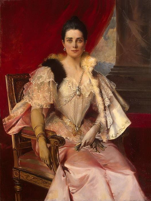 На портрете работы Ф. Фламенга Зинаида Юсупова изображена с фамильной жемчужиной «Пелегрина» на шее