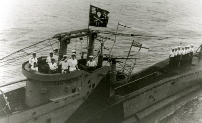 Традиция поднимать пиратский флаг над субмаринами прижилась
