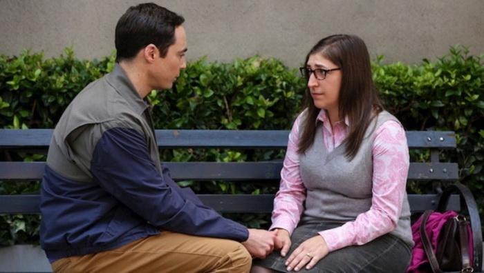 Шелдон и Эми - пара ученых с недостаточно развитыми социальными навыками