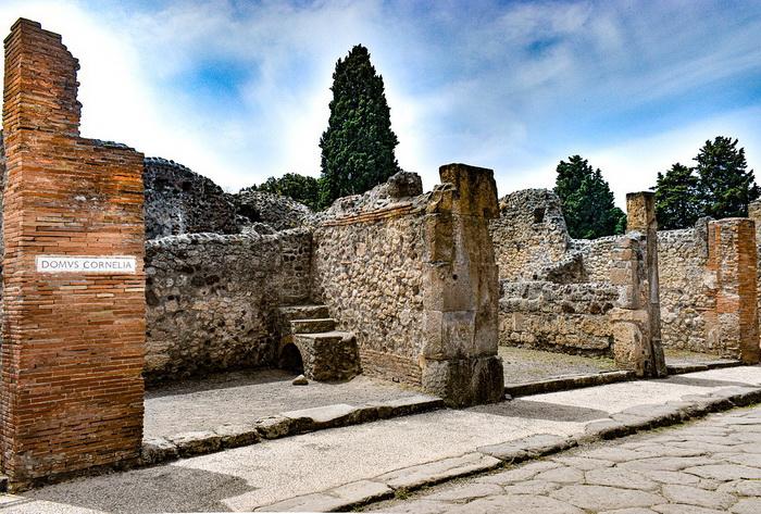 Тротуар в Помпеях