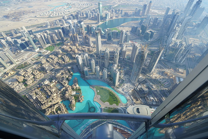 Вид на Дубай с башни Бурдж-Халифа