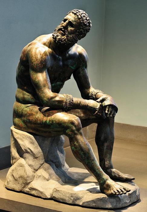 Кулачный боец из Терм. Древнеримская статуя.